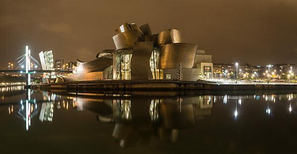 Panorama, Spanien, Bilbao, Guggenheim-Museum, Rio Nervion, Nachtaufnahme
