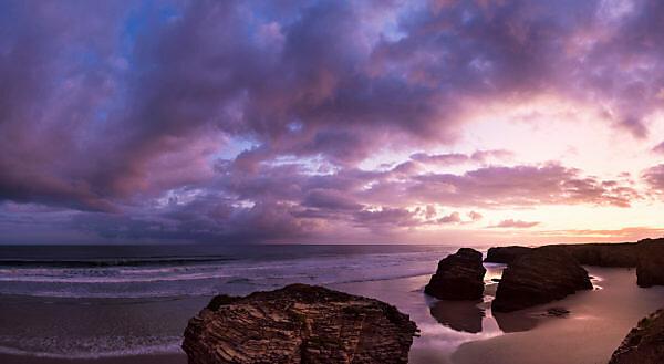 Panorama, Spanien, Nordküste, Galicien, Nationalpark, Kathedralenstrand, Playa de las Catedrales, Naturdenkmal, Abendstimmung