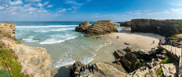Panorama, Spain, north coast, Galicia, national park, cathedral beach, Praia as Catedrais, Playa de las Catedrales, natural monument, tourists
