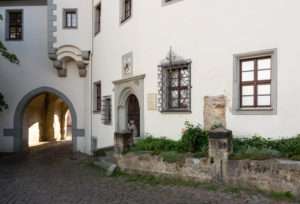 Elbe Cycletour, Saxony, Meissen, capitular court