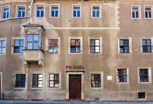 Elbe-Radweg, Sachsen, Torgau, Fassade Freihof Wintergrüne