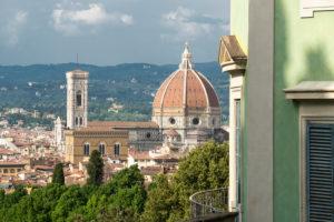 Florence, Giardino di Boboli, coffee house, old town with cathedral
