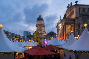 Berlin, Gendarmenmarkt, Weihnachtsmarkt, Konzerthaus, Deutscher Dom
