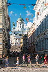 Helsinki, old town, view from Marktviertel to the cathedral, visitors