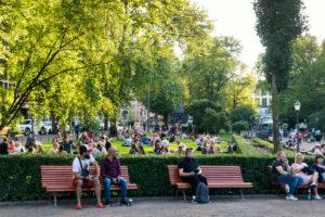 Helsinki, Esplanadi Park, Sommer, Abendstimmung, Stadtleben, Menschen