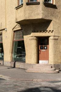 Helsinki, Old Town, Art Nouveau, corner house Pohjoinen Makasiinikatu, Fabianinkatu, shop