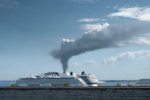 Symbolbild Kreuzfahrtschiff und Luftverschmutzung, Composing
