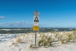 Baltic Sea, Fischland, Darß, coast at storm surge, warning signs