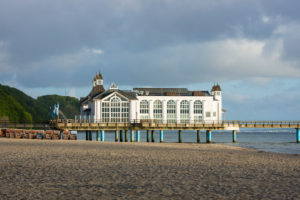Baltic Sea, island of Rügen, baltic resort Sellin, pier, morning mood
