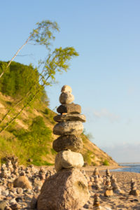 Baltic Sea, island of Rügen, cliff coast at Sellin, cairn, morning mood