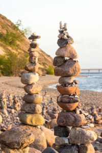 Baltic Sea, island of Rügen, coast at Sellin, cairn, morning mood, symbolic image balance