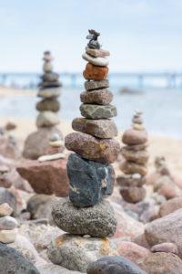 Ostsee, Rügen, Küste bei Sellin, Wanderweg, Strand, Steinmännchen