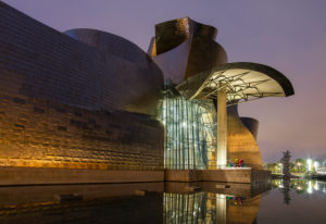Spain, Bilbao, Guggenheim Museum, architecture, blue hour