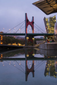 Spain, Bilbao, Guggenheim Museum, Ponte de la Salve, bridge