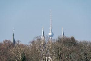 Berlin, Symbolbild, Moschee, Kirche, Fernsehturm (Islam, Christentum, Atheismus)