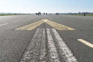 Berlin, Tempelhofer Feld, former runway, pedestrians and cyclists