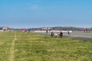Berlin, Tempelhofer Feld, bench, physical distance during corona pandemic