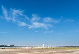 Berlin, Tempelhofer Feld, sky without contrails during corona pandemic with restricted air traffic