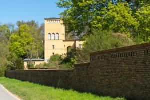 Berlin, Wannsee, Glienicke Palace, Hofgärtnerhaus, Mauerweg