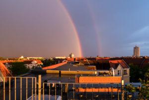 Berlin, Dachterrasse, Regenbogen, Nebenregenbogen, Alexanders dunkles Band