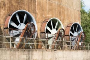 Duisburg, Landschaftspark Nord, ehemaliges Hüttenwerk, Kühlwerk mit Windflügeln