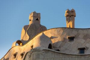 Barcelona, Casa Milá, La Pedrera, Antoni Gaudi, Architekturdenkmal, Dachkonstruktion mit Belüftungsschächten