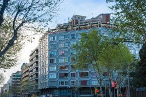 Barcelona, Barrio Eixample, facades in the morning light