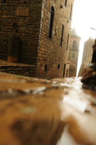 Italy, lane, puddle, house, detail, mirroring