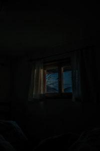 Nacht, Fenster
