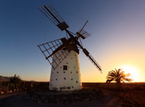 Spain, Fuerteventura, El Cotillo, windmill, sky, evening light, sun, sundown, backlight