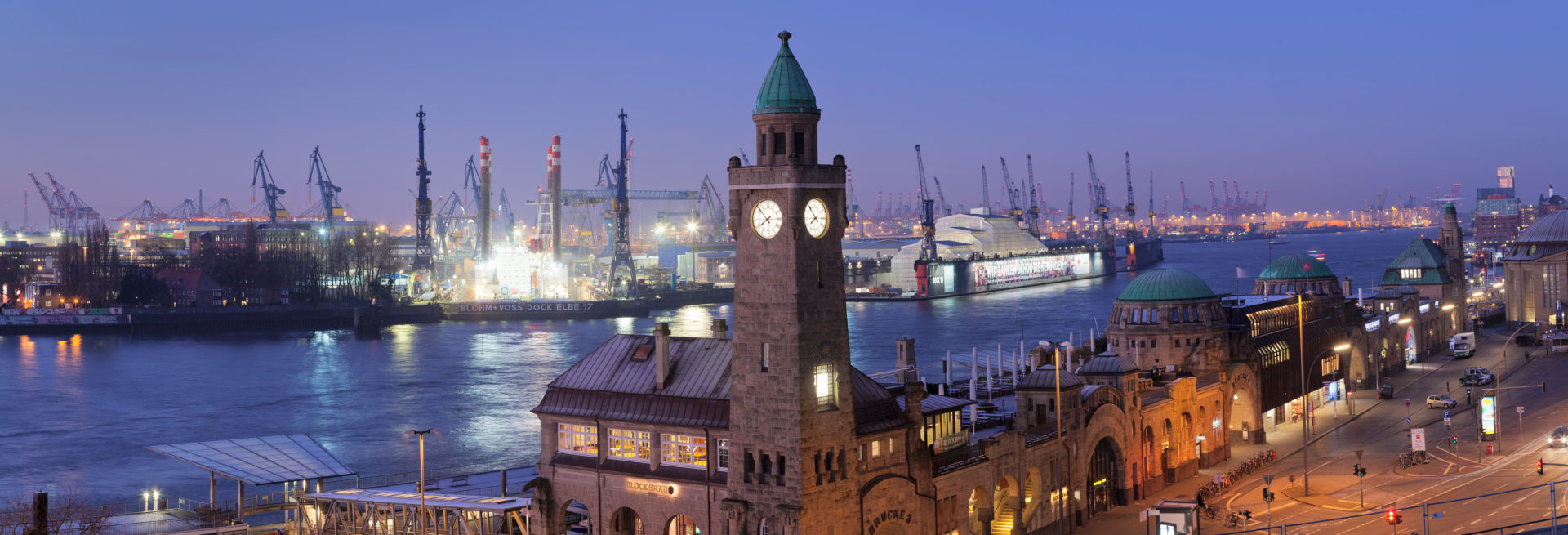 Pegelturm at the St. Pauli Piers with view to the harbour, Hamburg, Germany