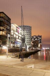 Blick von den Magellanterrassen zur Elbphilharmonie, HafenCity, Hamburg, Deutschland