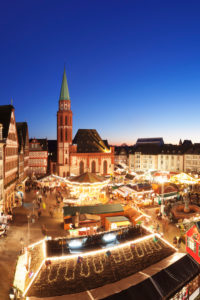 Christmas fair on the Römerberg, Old St Nicholas Church, Frankfurt, Hessia, Germany