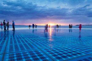 Installation Gruß an die Sonne (Greetings to the sun), Zadar, Dalmatien, Kroatien