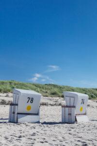 Strandkörbe am Strand von Kampen, Sylt, Nordfriesland, Schleswig Holstein, Deutschland