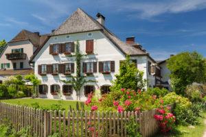 Inselhotel zur Linde auf der Fraueninsel, Chiemsee, Oberbayern, Deutschland