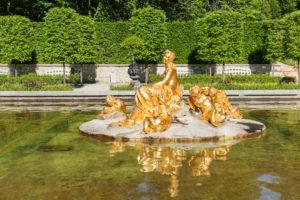 Wasserbasin mit Florabrunnen, Schlosspark, Schloss Linderhof, Oberbayern, Bayern, Deutschland