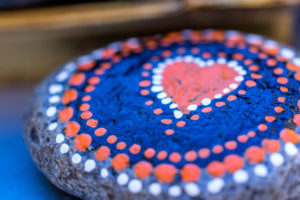 painted stone, dots, heart, Stone Art