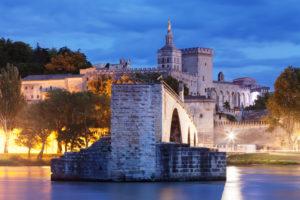 Pont Saint-Bénézet / Pont d'Avignon over the Rhone with Notre Dame des Doms and Palais des Papes, UNESCO world cultural heritage, Avignon, Provence, Provence-Alpes-Cote d'Azur, the South of France, France