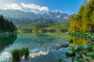 Eibsee gegen Zugspitze, bei Grainau, Werdenfelser Land, Bayern, Deutschland