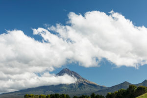 Mount Taranaki (2518m), Egmont National Park, Taranaki, North Island, New Zealand, Oceania