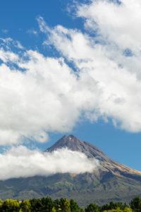 Mount Taranaki (2518m), Egmont National Park, Taranaki, North Island, New Zealand, Oceania