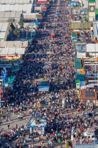 View over the visitors of the Munich Oktoberfest, Ludwigsvorstadt, Munich, Upper Bavaria, Bavaria, southern Germany, Germany, Europe