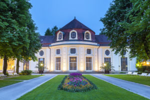 Konzertrotunde im Königlichen Kurgarten in Bad Reichenhall, Berchtesgadener Land, Oberbayern, Bayern, Süddeutschland, Deutschland, Europa