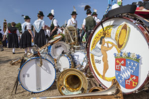 Musical instruments, traditional costumes, break at the Gau Association I Gau Festival in Rosenheim, Upper Bavaria, Bavaria, Southern Germany, Germany, Europe