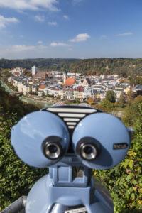 Blick vom Aussichtspunkt 'Schöne Aussicht' auf Wasserburg am Inn, Oberbayern, Bayern, Süddeutschland, Deutschland, Europa