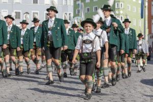 Trachtenumzug durch Rosenheim zum Gaufest des Gauverbandes I, Oberbayern, Bayern, Süddeutschland, Deutschland, Europa
