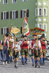 Local folklore society Lattenberger Bayerisch Gmain, costume parade through Rosenheim, Gaufest of the Gauverband I, Upper Bavaria, Bavaria, Southern Germany, Germany, Europe