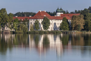 Seeon Abbey on Seeoner lake, Seeon, Seeon-Seebruck, Chiemgau, Upper Bavaria, Bavaria, Southern Germany, Germany, Europe