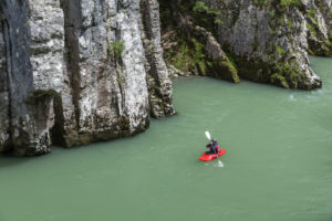 Kayaker in the Entenlochklamm near Schleching, Chiemgau, Upper Bavaria, southern Germany, Germany, Europe